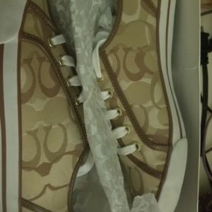 New in Box Coach Sneakers Khaki Womans Sz 11M.